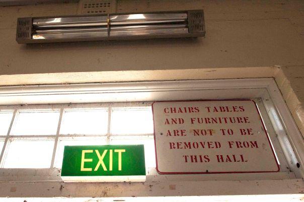 Exit.2