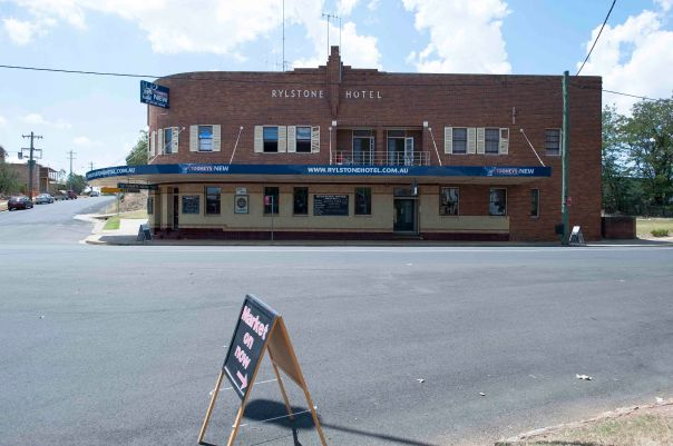Rylstone pub
